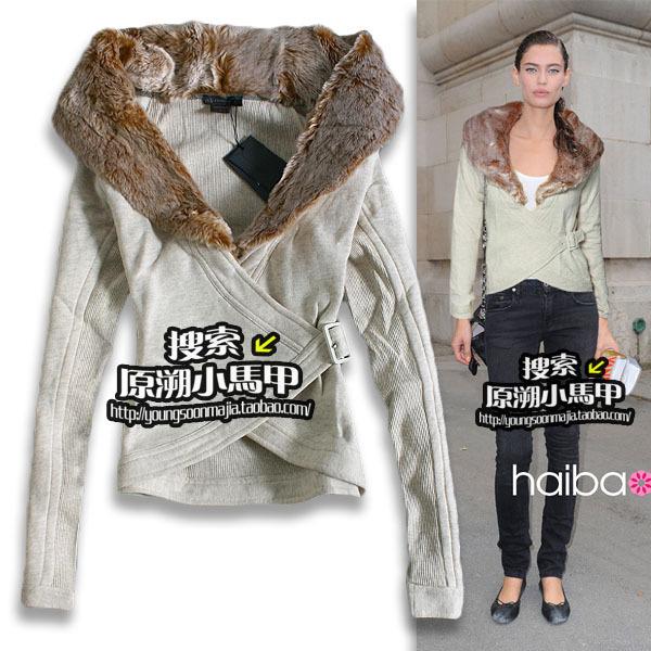 Spedizione gratuita yuansu 2014 autunno nuovo donne outwear turno- down colletto di pelliccia del faux manica lunga giacca asimmetrica con ante