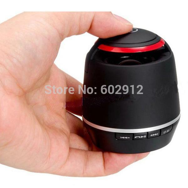 Mini Wireless Stereo Bluetooth Speaker Handheld Subfooer w/ FM Radio Handsfree Receive Call for iPhone iPad HTC Sony MP3 Player(China (Mainland))
