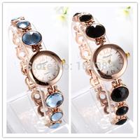 Watches Women Lady Popular Fashion Black Rhinestone Design Round Dial Bracelet Watch Time Quartz Women Dress Watch hour relogio