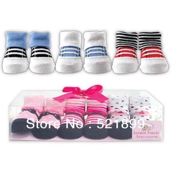 3pairs/lot USA Luvable Friends 3-Piece Little Shoe Socks Gift Set , 0-9m,