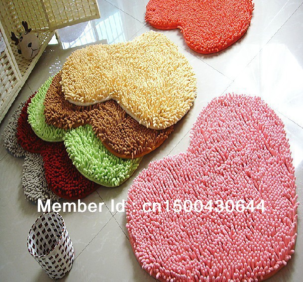 Microfiber Chenille Bedroom Floor Love Heart Carpet, Kitchen, Bath Rug/ Mat /Doormat /Room Pad(China (Mainland))