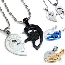 "Fashion Valentine ""Love You"" lock and key couples necklace set Titanium Stainless Steel Heart Necklaces For Women Men (One Pair)(China (Mainland))"