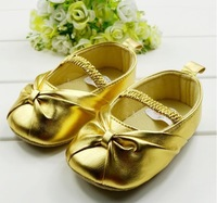 Free shipping 2014 Fashion Gold Cute PU soft sole flower princess sapatos prewalkers Litter Kids Baby Girls First Walkers Shoes