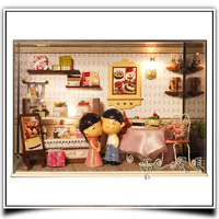 DIY Dollhouse With Dust Cover Free Shipping Wooden Dolls House/Doll Home