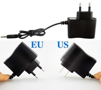 5pcs/LOT 220V power supply direct charge Outdoor Flashlight 18650 lithium battery EU/US charger