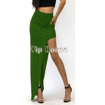 Узкая длинная юбка в пол из атласа с разрезом на боку