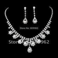 Free Shipping Fashion Pearl Wedding Jewelry Sets Rhinestone Bridal Jewelry Set Wedding Dress Silver Plated Wedding Accessories