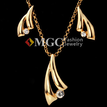 Hot 18K Real Gold Plated Choker Necklace Pendant Earrings Fashion Jewelry Sets Rhinestone Jewelry For Women Wholesale MGC S3033