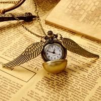 New Fashion Vintage Bronze Punk Steampunk Quartz Pocket Watch Steam Train Pendant Chain Necklace Clock 19801