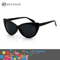 Retail  2012 Hot Tip Pointed Vintage plastic sunglasses women Inspired Sexy Mod Chic Rtro brand sunglassesCat Eye glasses DT0170