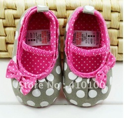 S021 Very Cute children's shoe Gray dot Baby Shoes color Rose red soft sole baby shoe Girls Warm(China (Mainland))