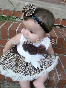Retail 2014 Hot selling New Arriving baby set Baby suit: sleeveless top with three flowers + leopard tutu/ Brown baby girl dress