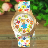 100pcs/lot Fashion Flower Strap Silicone Watch Rose Gold Case Geneva Brand Jelly Watch Wrap Quartz Dress Wristwatch 5 Colors